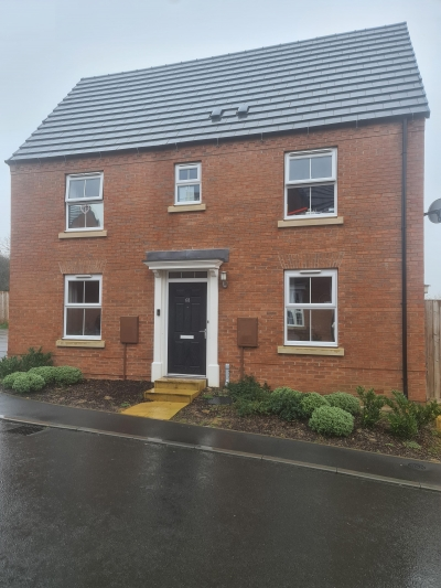 Large 3 bed house kibworth want to swap for 3 bed market harborough  photo