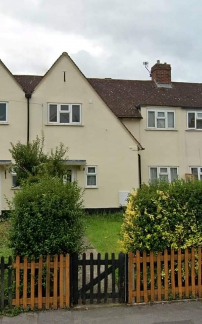 2 bed house gosport wants 2 bed house surrey  photo